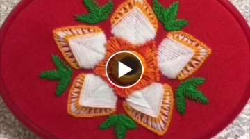 Hand embroidery easy stitch wool flower design for tablecloth & pillow cover